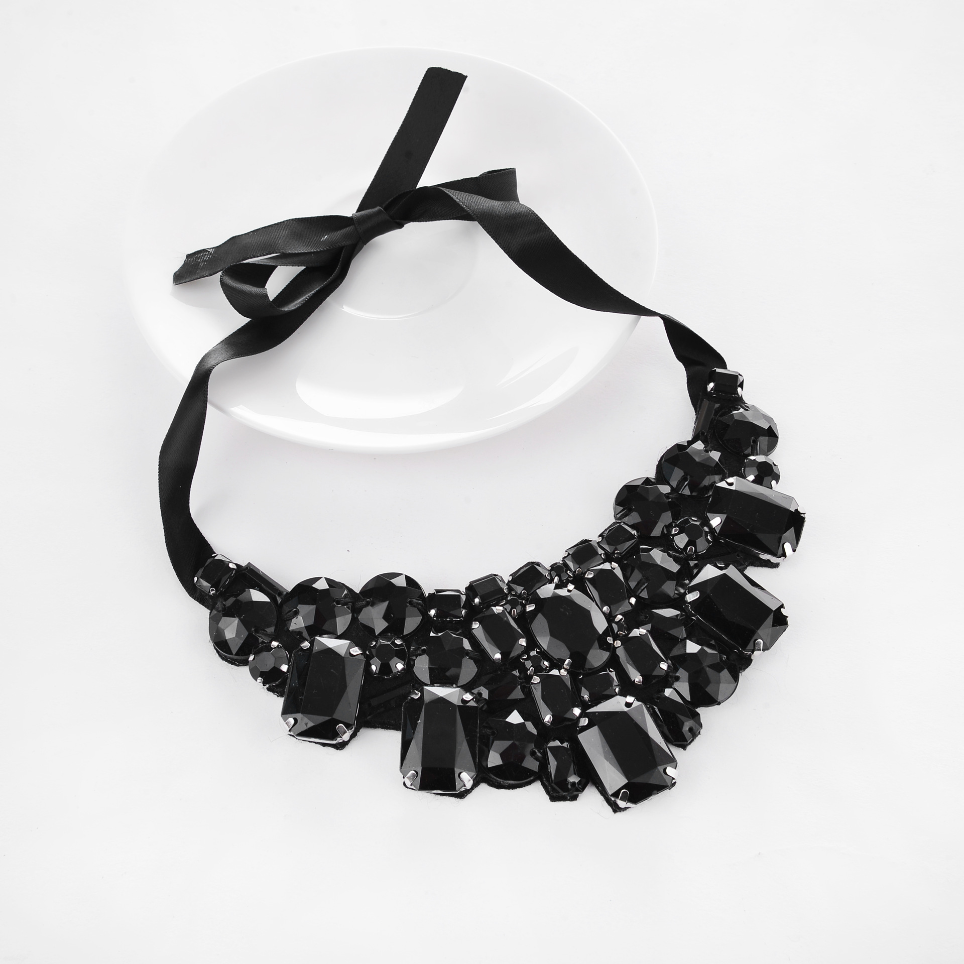 YMN-06087 korea style muti color stones ribbon  collar necklace Yiwu Jewelry Factory Fashion Accessories Manufacture Fashion Jewelry Supplier.